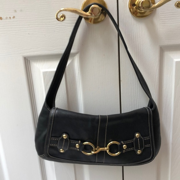 Coach Handbags - Black leather vintage Coach shoulder bag
